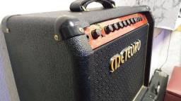 Amplificador (cubo) METEORO Fwg 50
