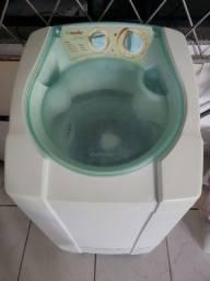 Máquina de lavar roupas - 6 kg