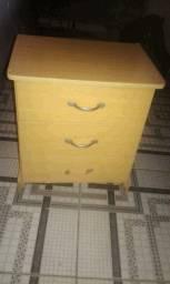 Mesinha de cabeceira 3 gaveta