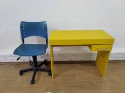 Cadeira giratória + escrivaninha
