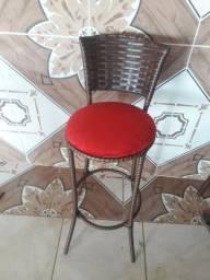 Cadeira alongada material em fibra