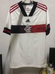 Blusa branca do Flamengo