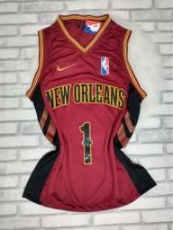 Regata New Orleans basquete