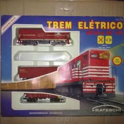 Caixa kit Trem elétrico - Cargueiro Rffsa