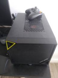 PC gamer compacto