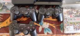 Playstation 3 zero com 3 controles e 5 jogos