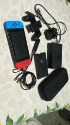 Nintendo Switch Azul e Vermelho Neon com controle e kit adicional