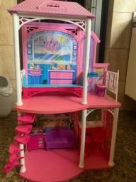 Cada de férias da Barbie com todas as peças