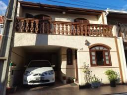 Sobrado com 3 dormitórios à venda, 120 m² por R$ 371.000,00 - Boqueirão - Curitiba/PR