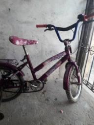 bicicleta infantil feminina em perfeito estado
