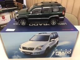 Miniatura SUV Toyota Land Cruiser Prado