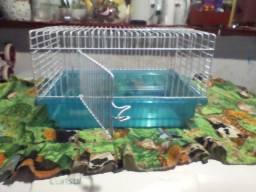 Gaiola de hamster usada