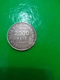 Vendo uma moeda de 2.000 réis de 1907 valor a combinar