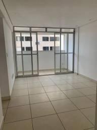 Dois Quartos com suite, elevador vaga coberta, portaria