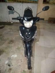 Moto CRIPYTON 125 YAMAHA ano2012