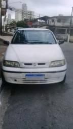 10 mil um Carro, marca Fiat, modelo Siena branco