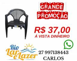 Cadeira Plástica Com Braço ( Poltrona )