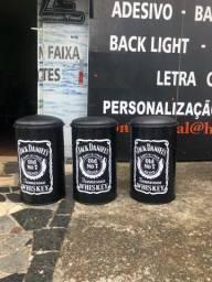 Banquetas  personalizado  Jack Daniel?s  em promoção