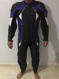 Macacão moto 1pç couro motociclista estado de novo sem uso Aceito cartão crédito