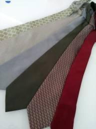 Kit 6 gravatas por 30,00