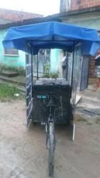 Vendo um triciclo(para trabalho)
