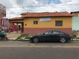 Terreno/Casa em Água Branca, 700m²; Avenida Principal Neco Teixeira;