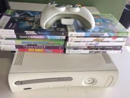 XBox 360 Arcade com Kinetic e jogos originais