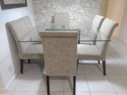 Mesa quadrada com 6 cadeiras