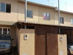 Casa de condomínio à venda com 2 dormitórios cod:CA00329