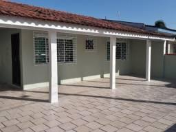 Vendo Excelente Casa na Praia de Matinhos com 04 Quartos - SÓ R$ 290.000,00