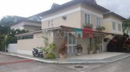 Casa de condomínio à venda com 4 dormitórios cod:RCCN40104