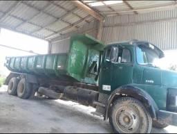 Vendo caminhão baixou o valor pra vender 40.000 ou troco por retroescavadeira