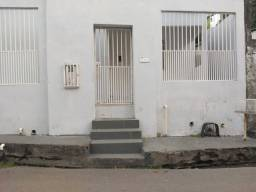 Alugo CASA conj Ajuricaba 2qts,portão autom,Split