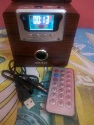 Caixa de som com controle remoto