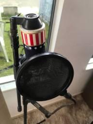 Microfone mxl 990 mais pedestal no ponto pra vc usar