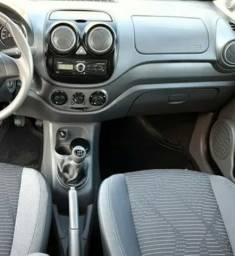 Fiat Palio Attractive 1.0 Flex 2014.