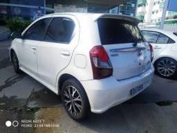 Toyota Etios Hb flex + Gnv