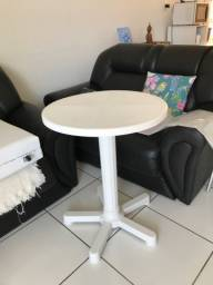Mesa  plastica Tramontina nova 90,00