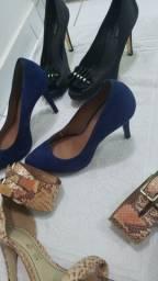 Scarpin e sandália