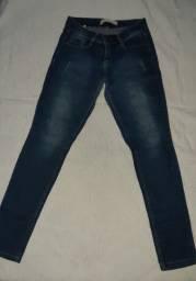 Calça jeans escuro
