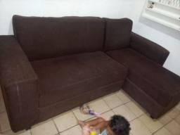 Sofá semi novo, conservado