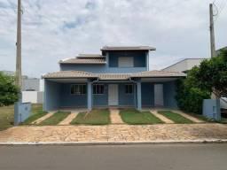Excelente casa em condomínio para locação