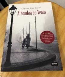 Livro A sombra do vento - Carlos Ruiz Zafón