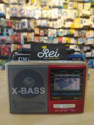 Caixa de Som X-BASS modelo retrô para você curtir suas músicas de maneira agradável