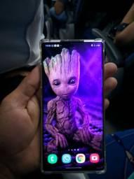 Galaxy Note 10 plus, 256 de memória e 12 de ram.