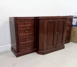 Buffet/Bar de madeira maciça