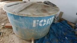 Vendo cx d'água Fortlev 1000l.