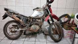 Moto Bros para restaurar ou retirar peças