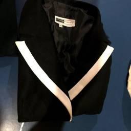 Blazer feminino usado em ótima conservação