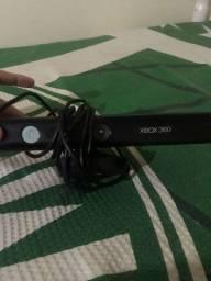 Vendo Kinect Xbox 360 pouco tempo de uso